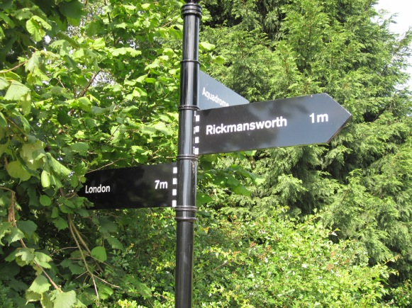 possible cover3 - signpost.JPG